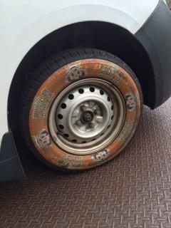 タイヤに印刷2